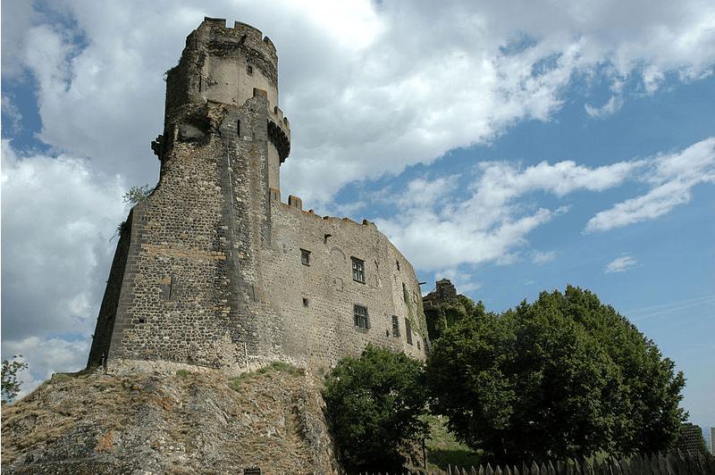 un chateau éligible loi malraux auvergne rhone alpes