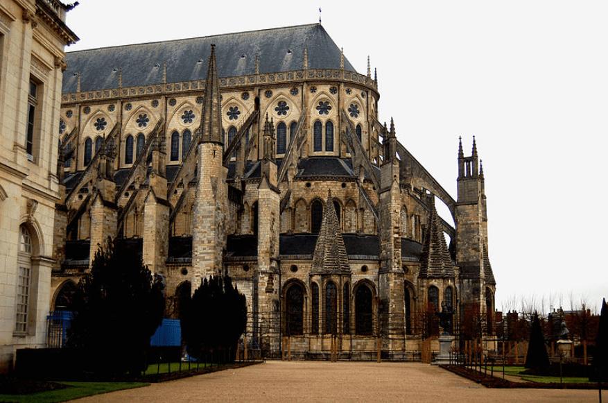 Bourges : ville éligible à la loi Malraux Centre Val de Loire