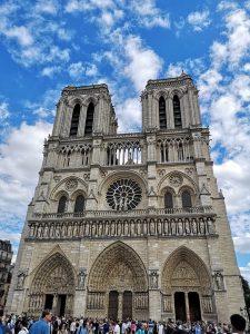 Loi monuments historiques et Notre Dame de Paris