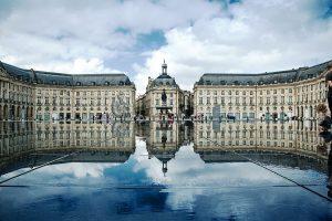 Place de la bourse Bordeaux, proche d'immeubles éligibles loi Malraux