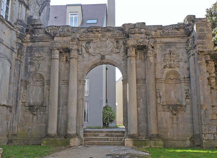 Ancienne chapelle éligible loi malraux langres