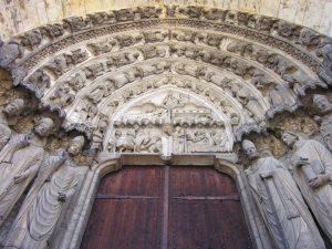 Porte cathédrale Chartres loi malraux