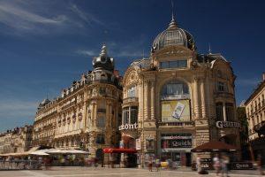 Place de la comédie avec des immeubles éliigibles loi Malraux Montpellier